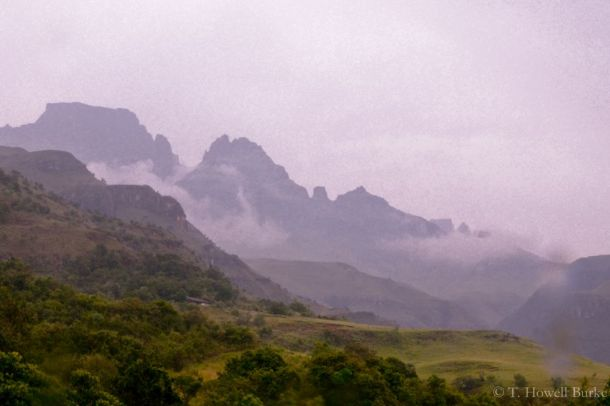 The Afrikaans name for this range, the Drakensberg, means the Dragon Mountains.